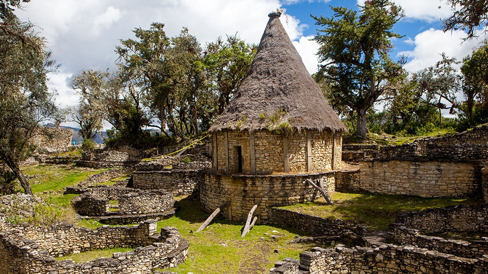 Round huts with thatched roofs at Kuelap in Peru